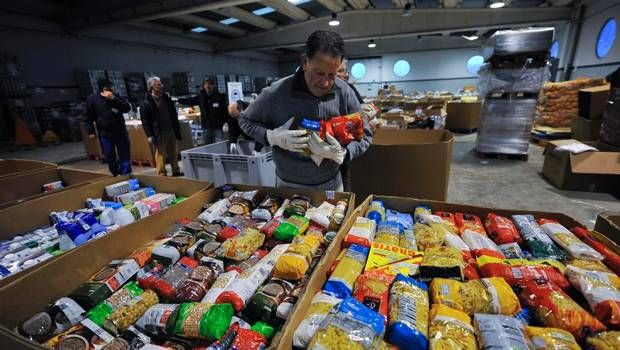 Food banks in supermarkets across Costa del sol to help the less fortunate